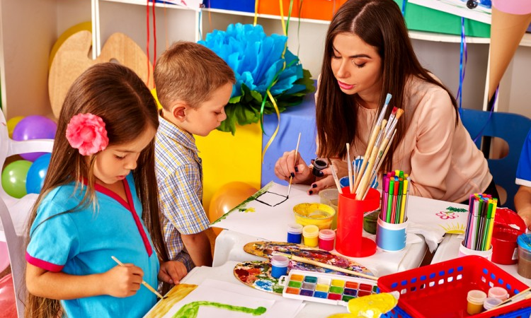 Qualifications of preschool teacher
